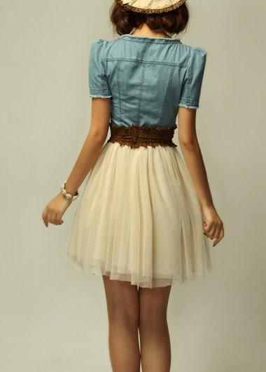 Vestido Vintage de Encaje Corto con Blusa de Jean y Cinturon Marron