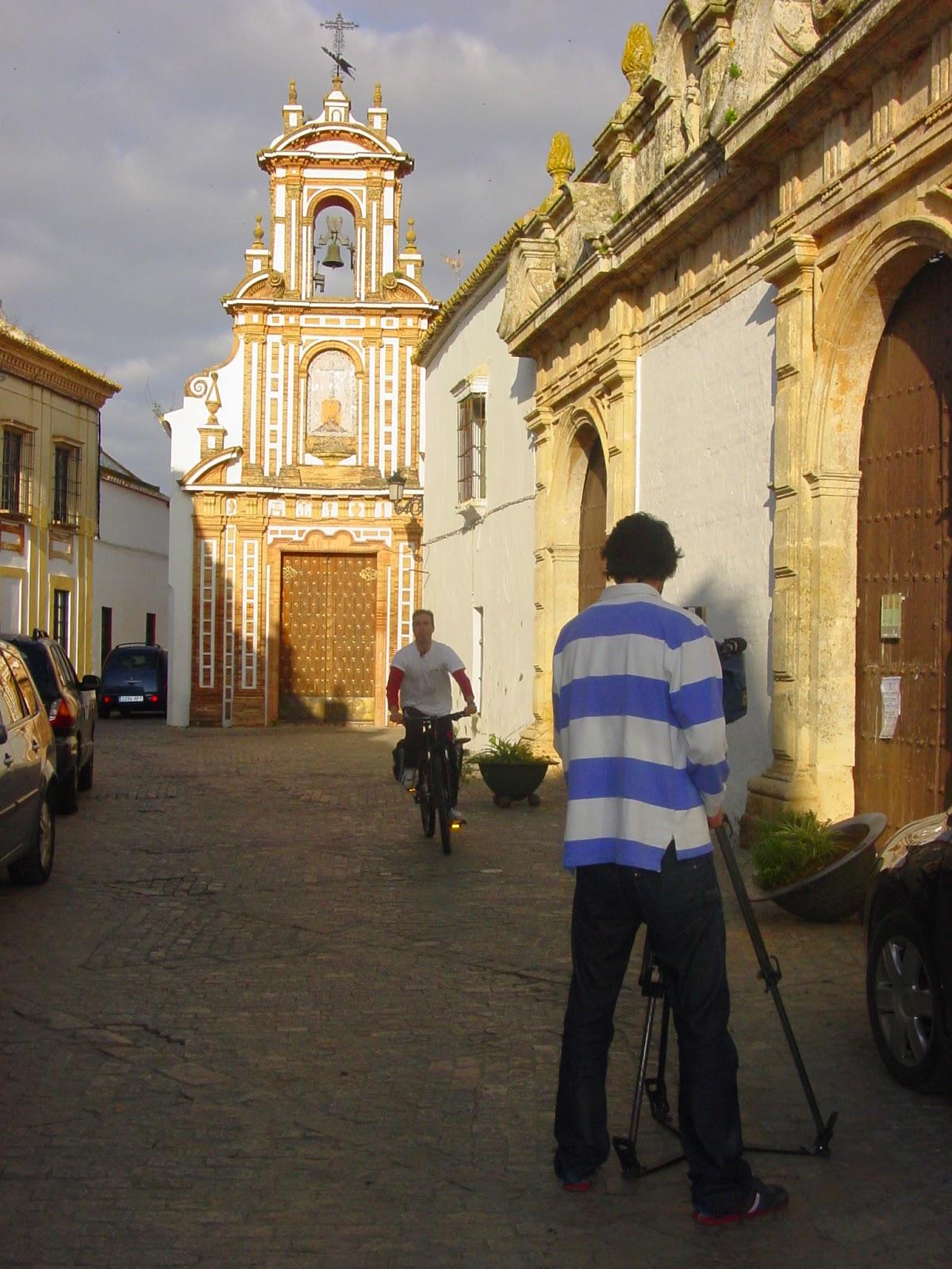 Oficina de turismo de carmona espa a directo graba en for Oficina turismo carmona