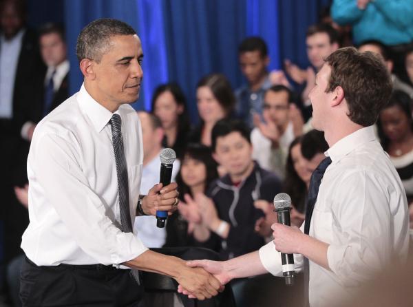 600ap zuckerbergobama5 062414 [UPDATE] Foto   Foto Kunjungan Barrack Obama Ke Kantor Pusat Facebook