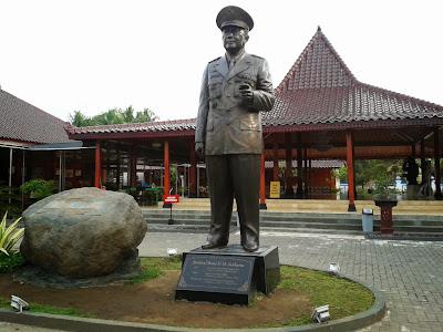 Patung Soeharto