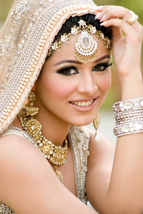 Bridal Makeup Online : Bridal Makeup: ~ Indian Diva Style