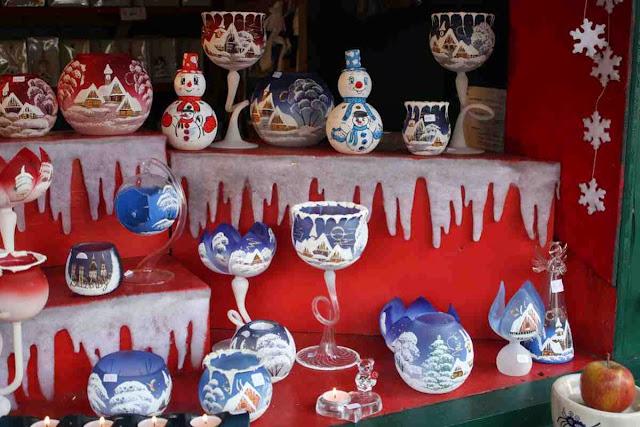 Handgemacht: böhmisches Glas mit Weihnachtsmotiven © Copyright Monika Fuchs, TravelWorldOnline
