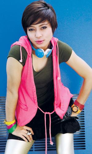 Gambar Chomel Fana Seksi Hot Penyanyi Malaysia