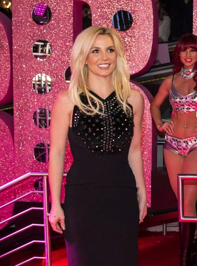 Britney Juegos porno y Juegos eroticos