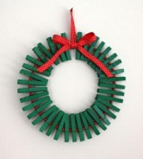 Coronas navide as con material reciclado - Coronas navidenas faciles ...