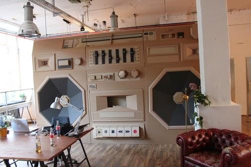 00-Bartek-Elsner-Understated-Cardboard-Sculptures-www-designstack-co