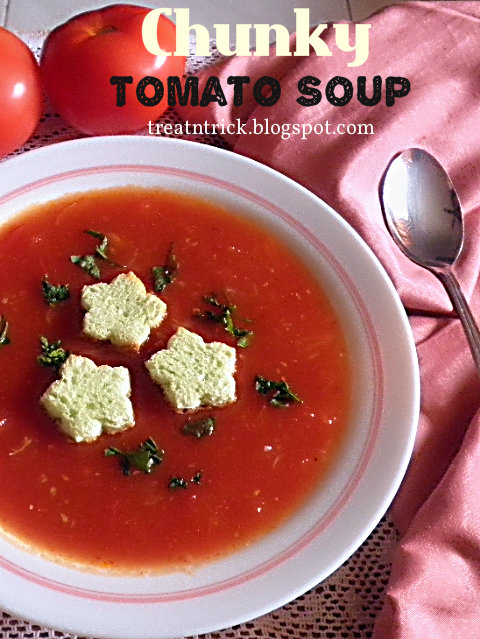 Chunky Tomato Soup Recipe  @ treatntrick.blogspot.com