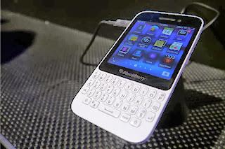 Harga Blackberry Turun tajam