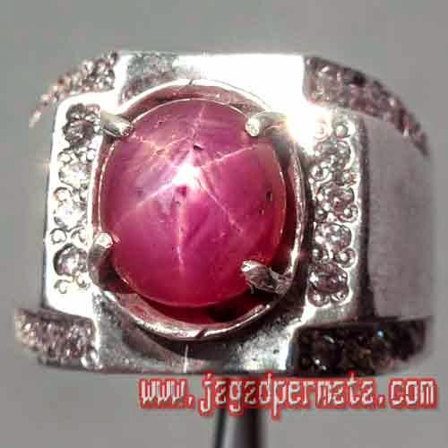 Batu Permata Ruby Star