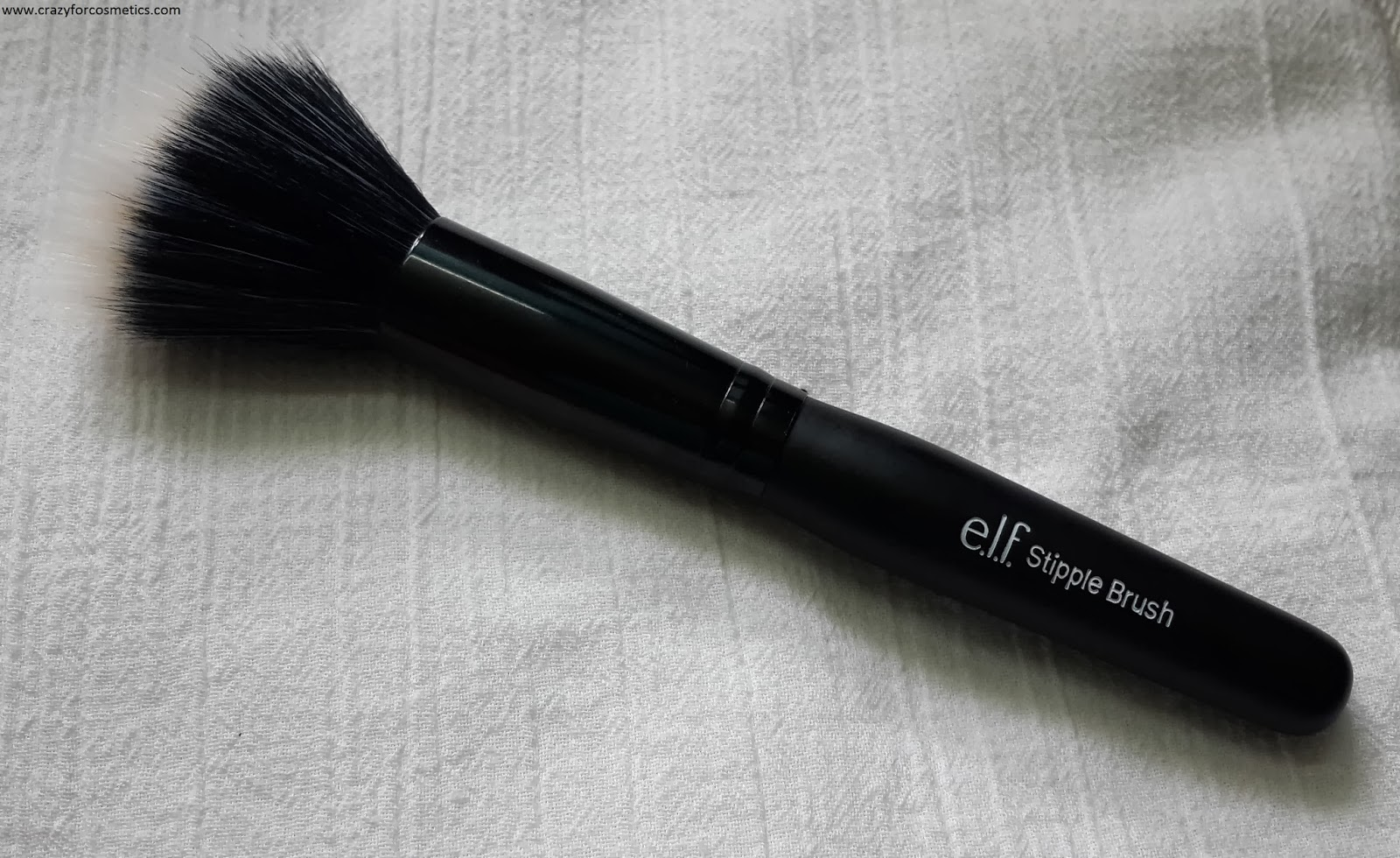 ELF Studio Stipple Brush- ELF Stipple Brush- ELF Stipple Brush travel set