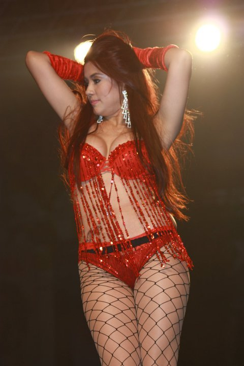 joyce castro in red bikini at 2011 fhm sexiest women victory party