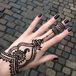 Henna Or Mehndi Designs