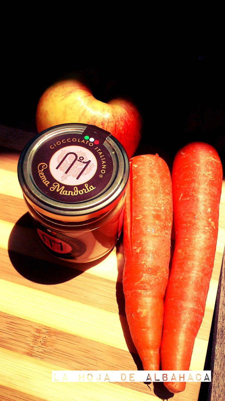 Batido de zanahoria, manzana,crema de almendras, recetas vegetariana, cioccolato italiano