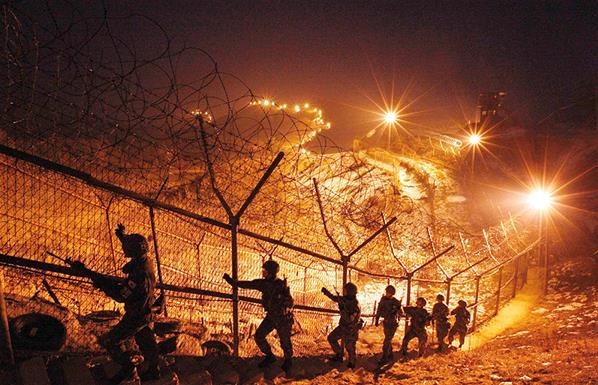 http://zonahitamdunia.blogspot.com - Foto Suasana Perbatasan Korea Utara - Korea Selatan
