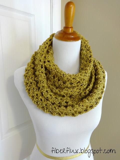 Crochet Patterns Infinity Scarf Free : Fiber Flux: Free Crochet Pattern...Gold Leaf Infinity Scarf!