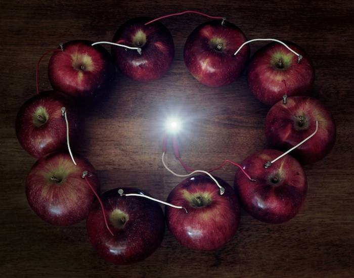 Electricity From a Ring of Apples