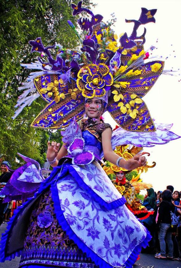 Omah Carnaval: PERSEWAAN BAJU SOLO BATIK CARNIVAL dan BAJU CARNAVAL
