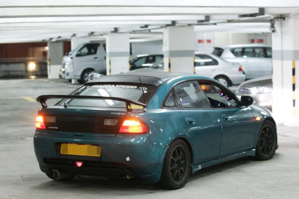 Mazda 323F BA, Lantis, zdjęcia, zielony, kultowy samochód, usportowiony, V6, JDM