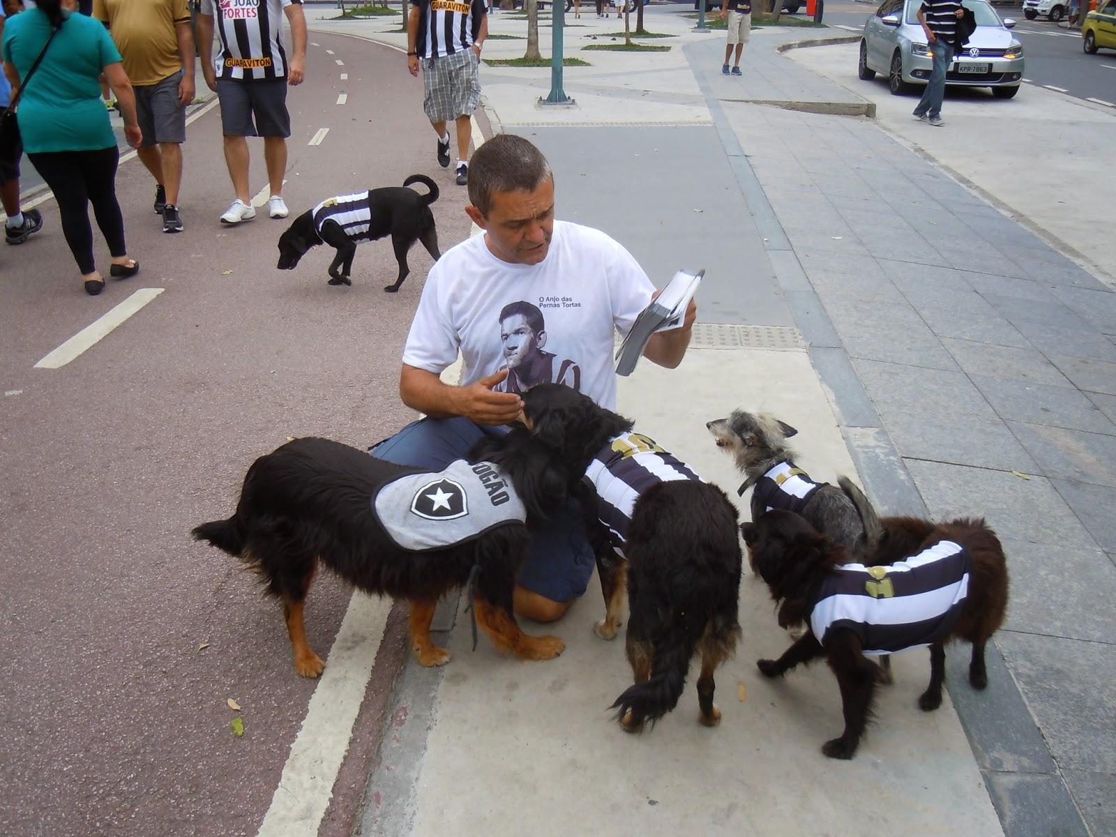 Coisas que só acontecem ao Botafogo: cachorrada botafoguense no Maracanã