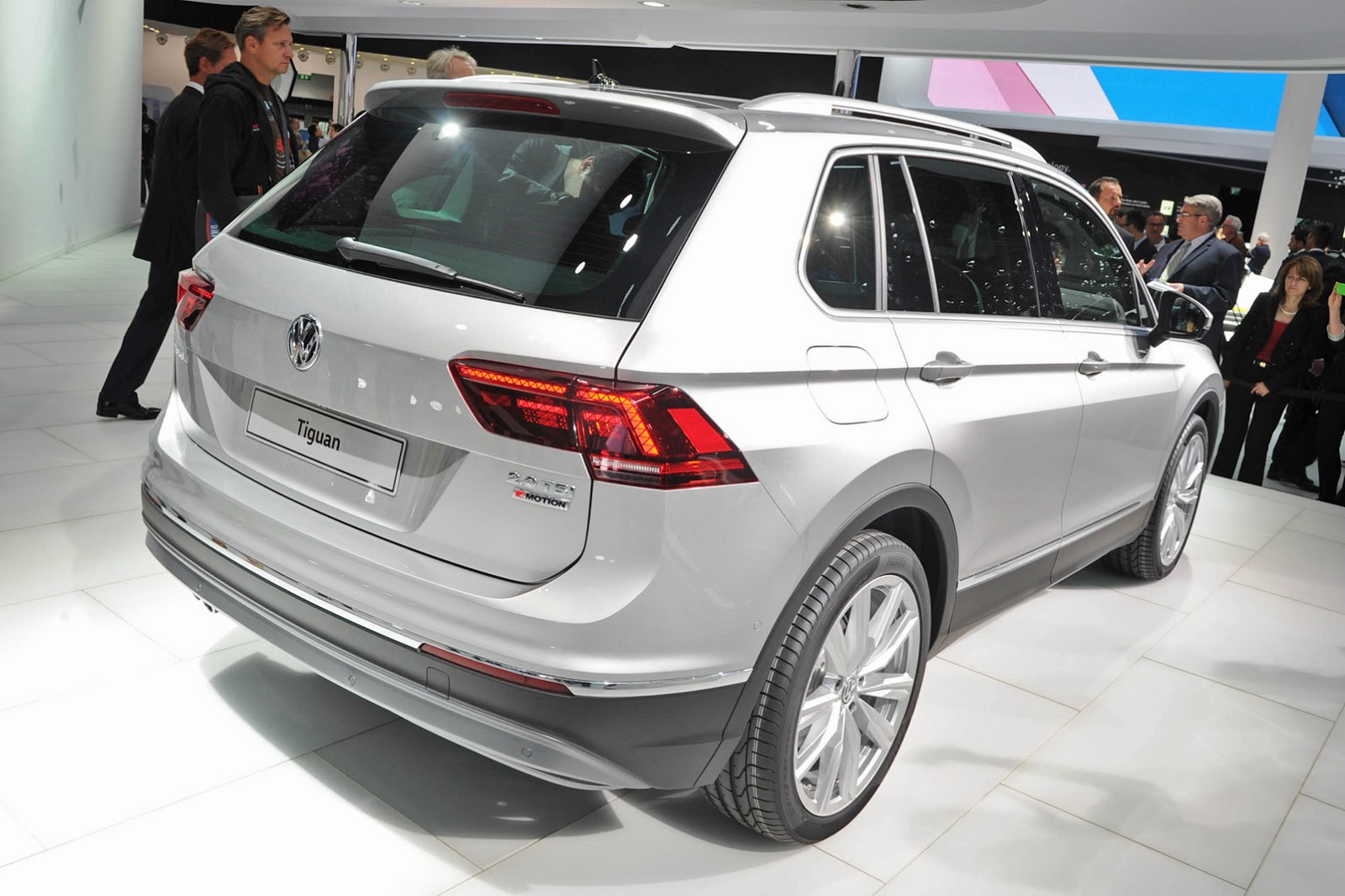 All Types tiguan length : New Volkswagen Tiguan Promises To Be Better In Every Way | Carscoops