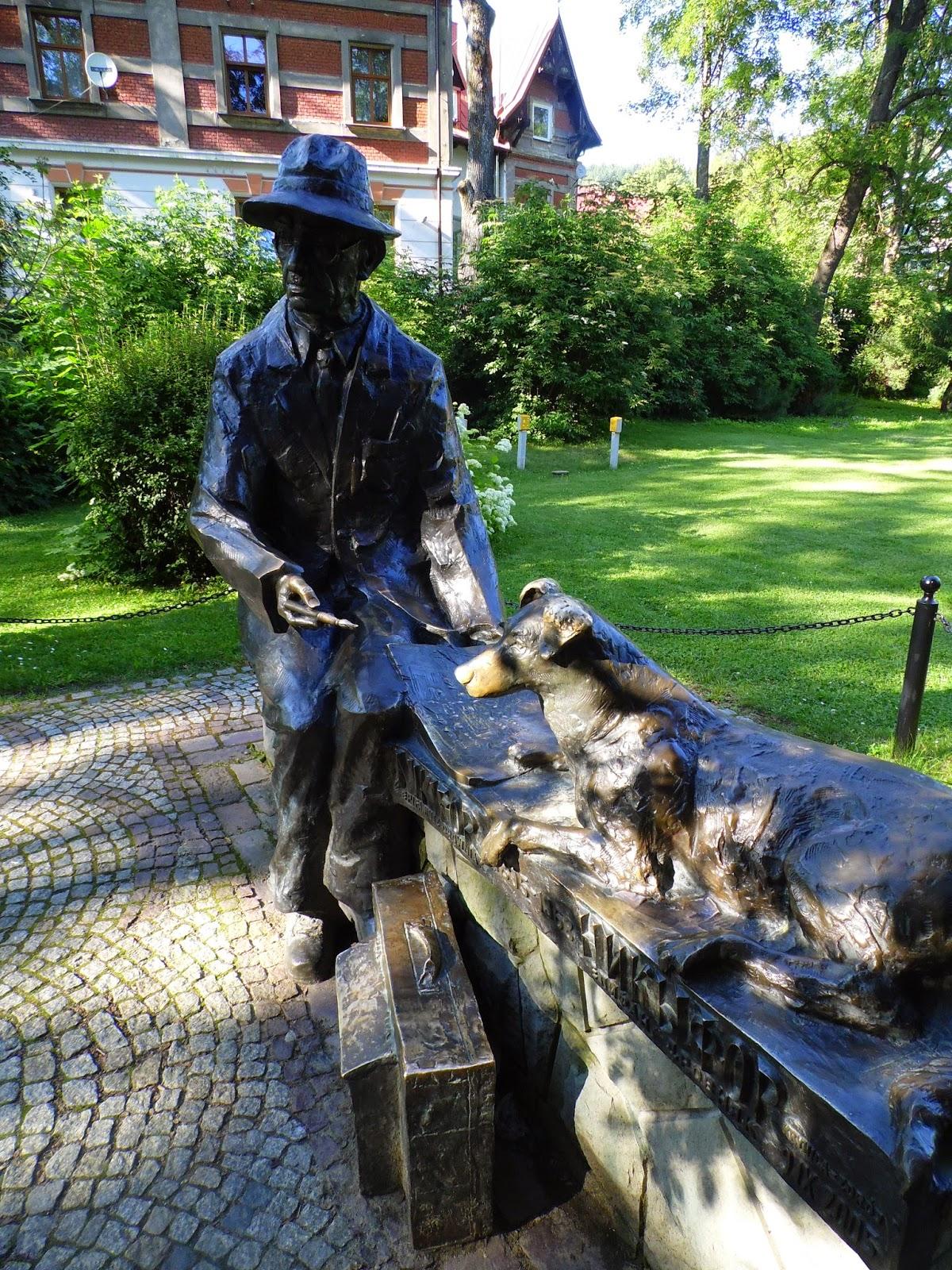 Pomnik Nikifora Krynickiego w Krynicy-Zdroju
