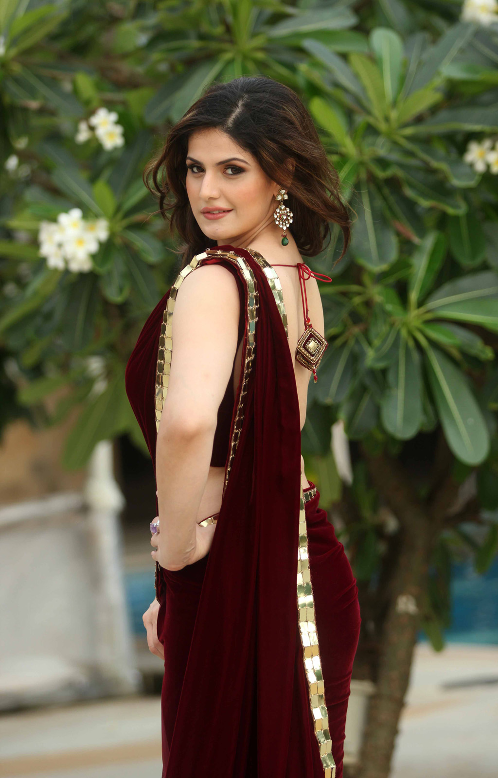 Zarine Khan Hot Hot Blog Photos: Zarin...