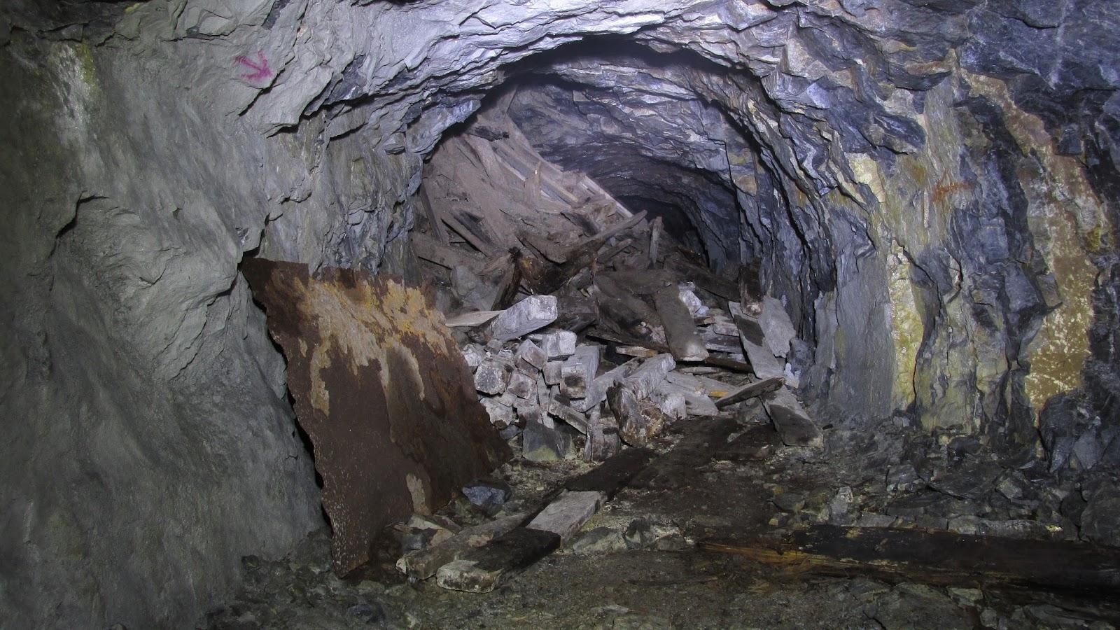 Labyrint chodieb v kameňolome Prepadlé