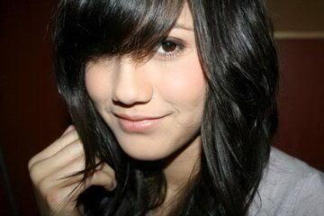 Profile Pevita Pearce