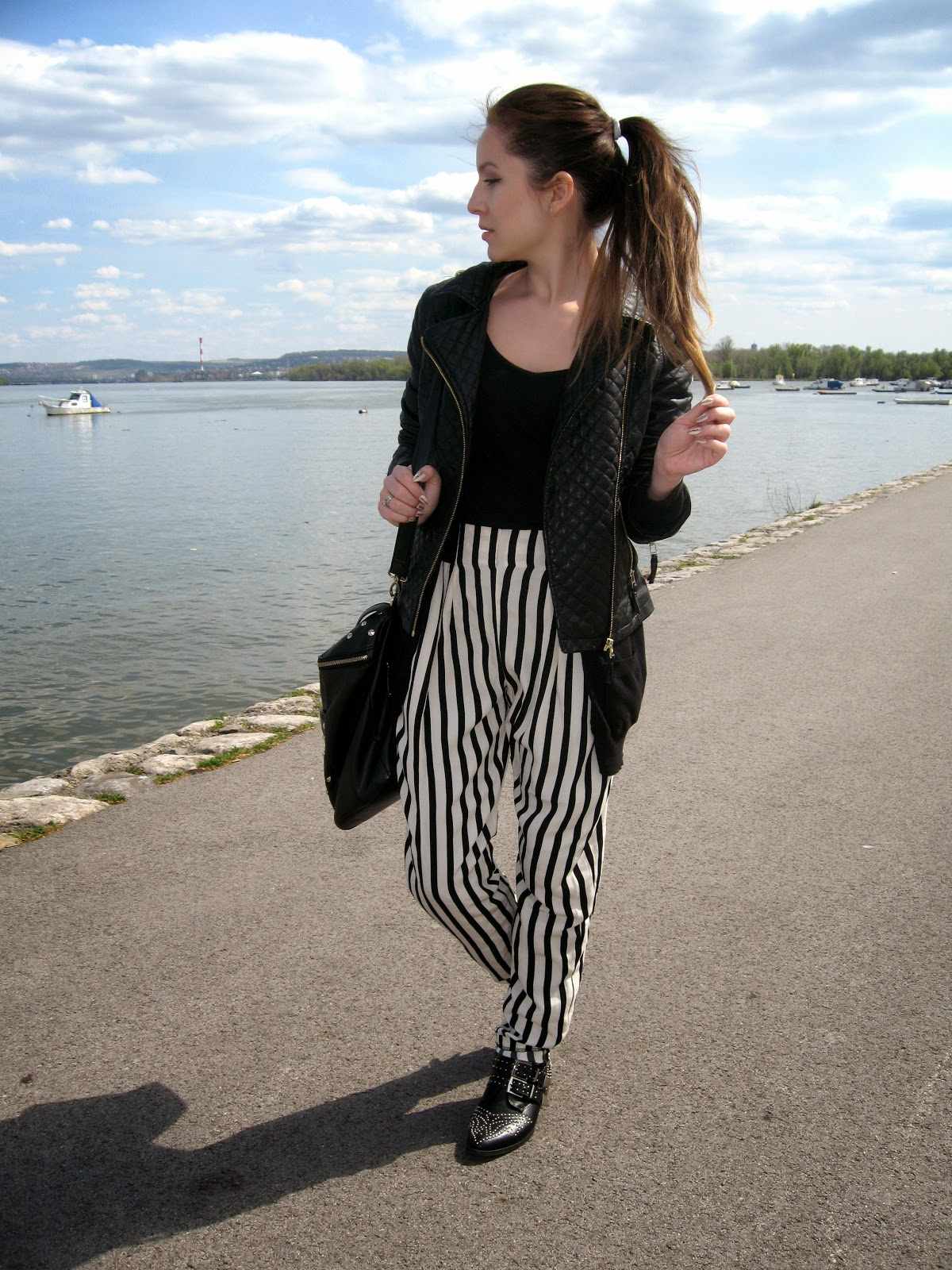 outfit, black and white pants, striped high waist pants, c&a black pu faux leather jacket, tally weijl boots