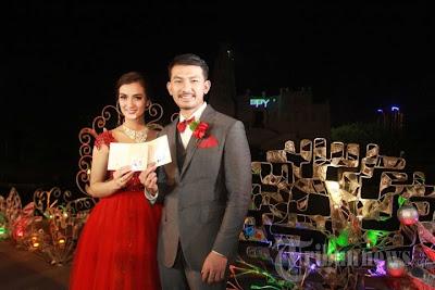 Foto Atikah Hasiholan dan Rio Dewanto Menikah