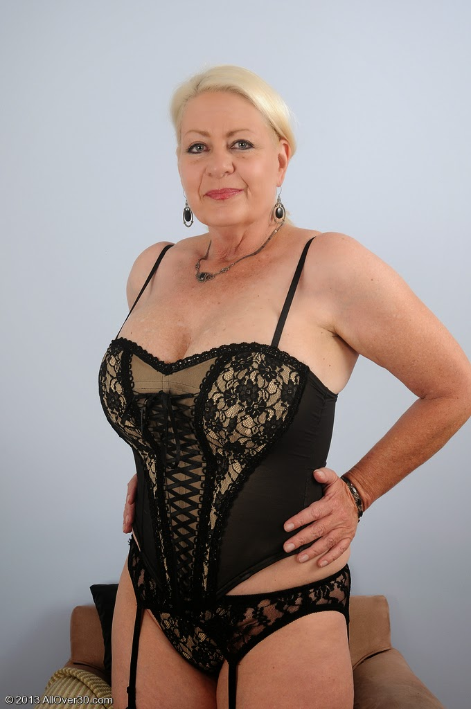 women over 50 wanting sex older women over 50 wanting sex in your area ...: http://womenover50wantingsex.blogspot.com/