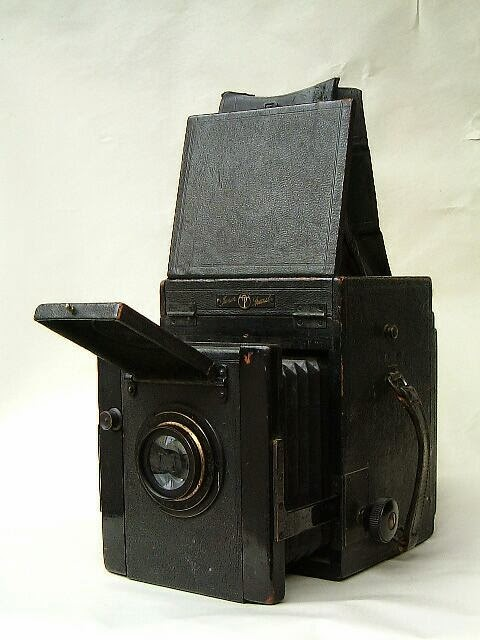 antique plate camera