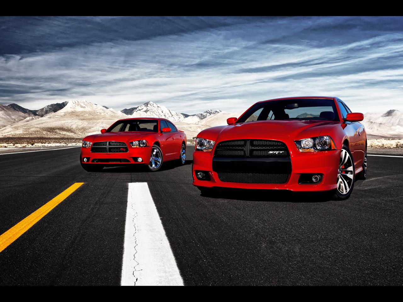 http://2.bp.blogspot.com/-24TKPGUA7AQ/ThpPnarQ7OI/AAAAAAAAB4c/6U6i3GK7ygI/s1600/2012-Dodge-Charger-SRT8-2011-Dodge-Charger-RT-1280x960.jpg