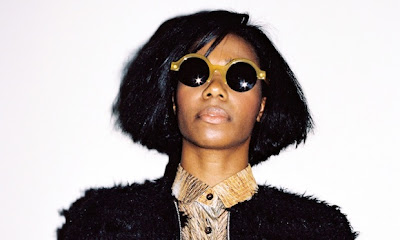 "SANTIGOLD ""Proud Mary"" (Creedance Clearwater Revival cover)"