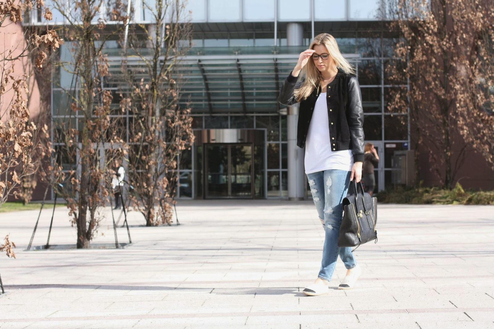 Mode Blog, Fashion Blog, Patrizia Paul, College Jacke Mango, Chanel Brille, Blonde Strähnchen, The Paste Blog