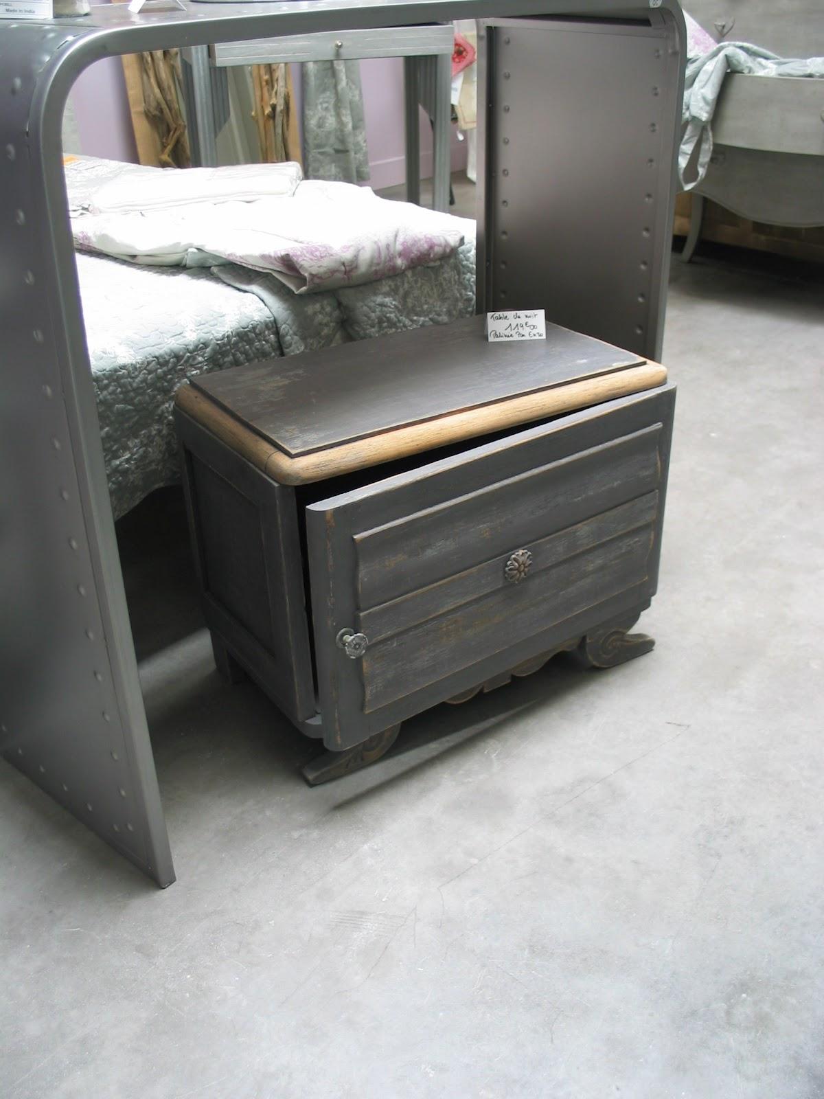 la grange aux patines petit meuble d 39 appoint. Black Bedroom Furniture Sets. Home Design Ideas