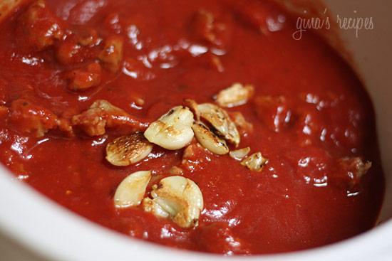 Crock Pot Pasta Sauce with Sausage | Skinnytaste