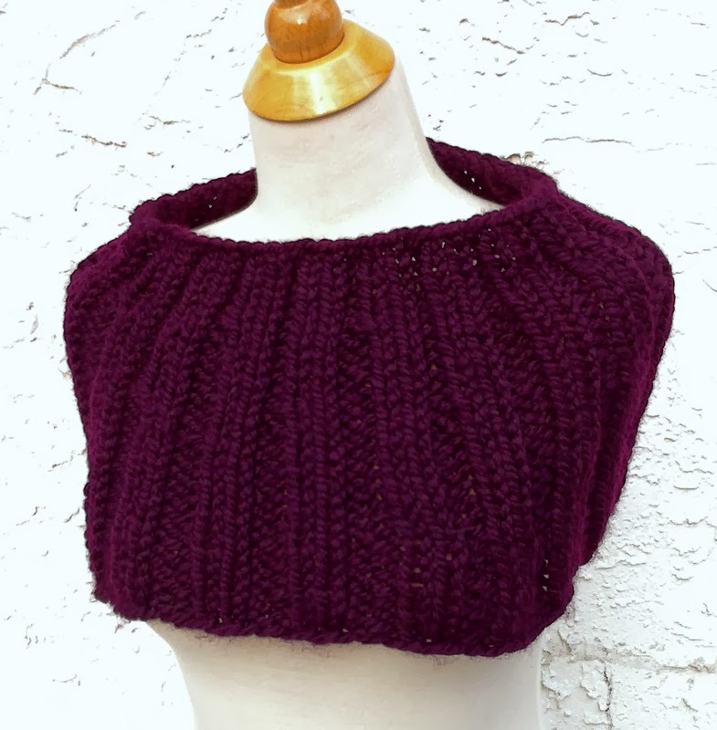 One Knit One Purl: Free Knitting Pattern - Super Bulky Neck Warmer