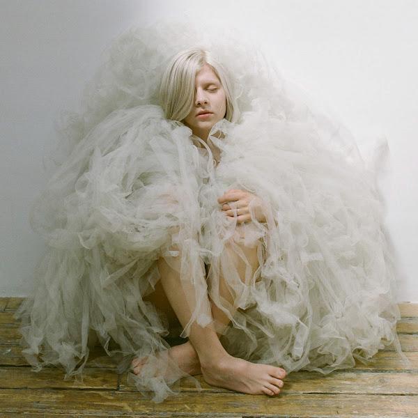 AURORA - Murder Song (5, 4, 3, 2, 1) - Single Cover