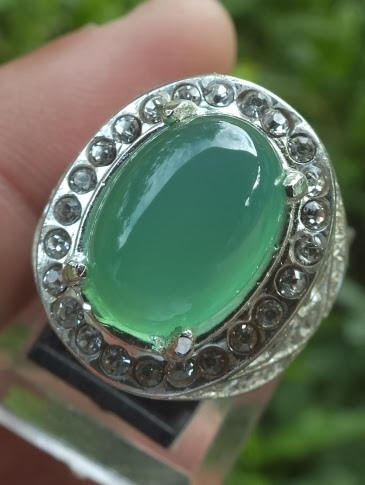 natural chrysoprase chalcedony