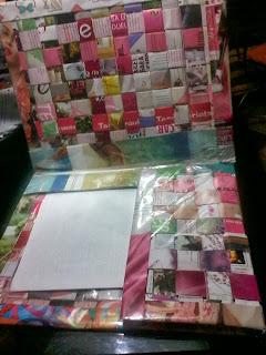 carpeta porta fotocopias y apuntes con técnica de trenzado de papel de revistas