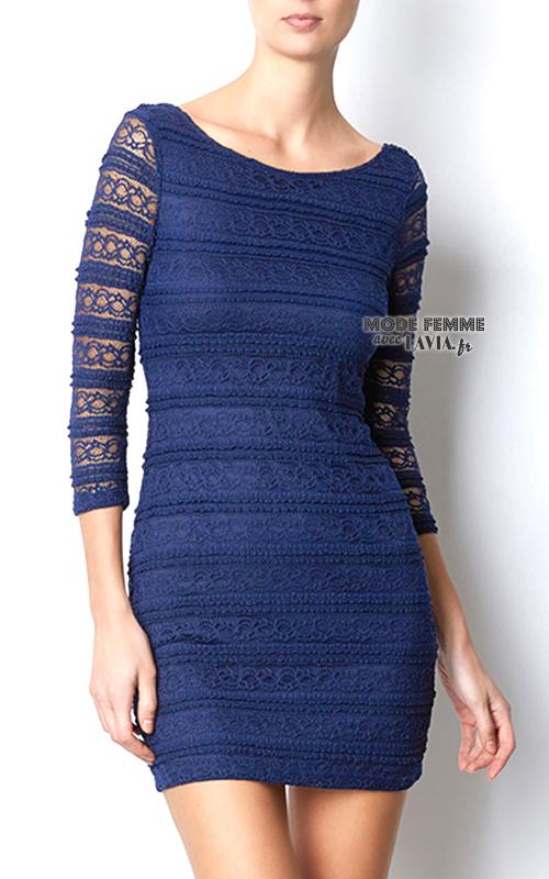 Robe courte manches longues en dentelle bleue