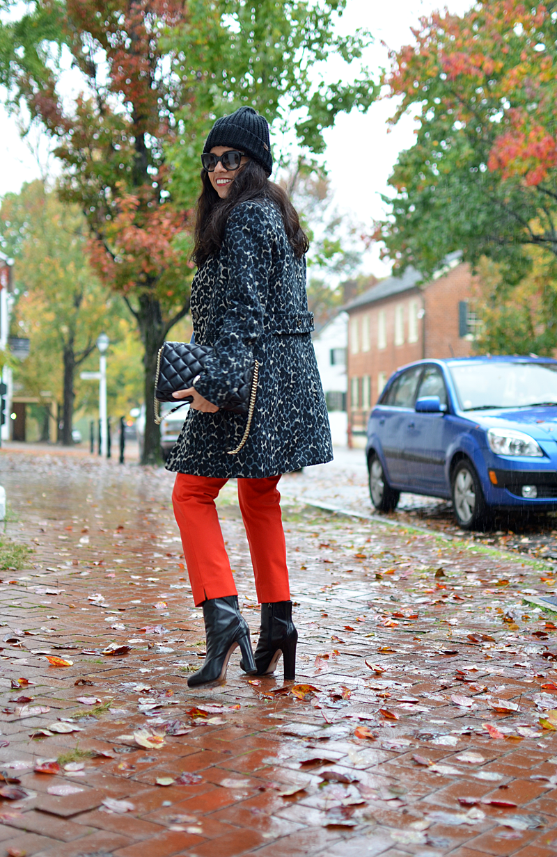 Leopard and orange street style