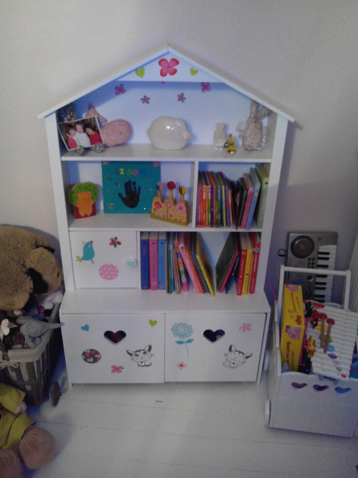 etagere vertbaudet trendy bibliothque enfant vertbaudet. Black Bedroom Furniture Sets. Home Design Ideas