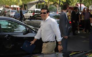 http://freshsnews.blogspot.com/2015/07/27ektakto-synedrio-amesa-zhthse-o-tsipras.html\