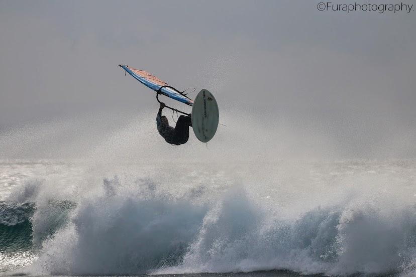 .......E-734 windsurfing