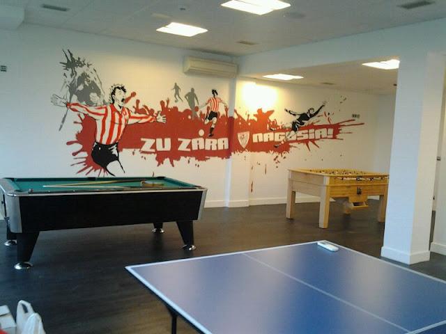 Color infame mural athletic club de bilbao lezama for Club de suscriptores mural