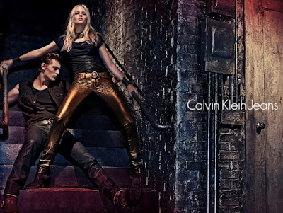 Lara-Stone-for-Calvin-Klein-Fall-2012-Campaign