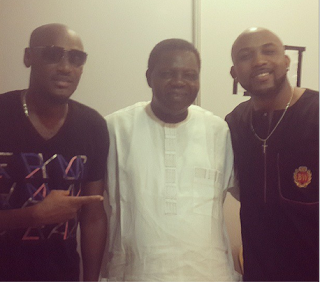 2face Idibia and Banky W spotted with Ebenezer Obey