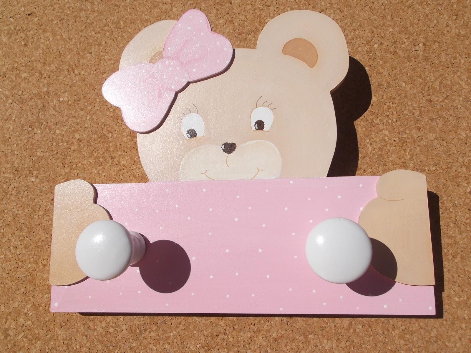 Decoraci n infantil pekerines perchas infantiles de pared for Colgadores para perchas